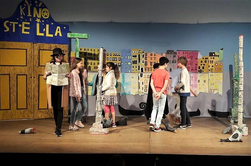 Ankündigung Aufführung bewegte Bühne Klasse 6: Der Herr der Diebe ...